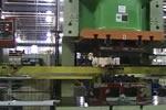 Great Lakes金属冲压公司定义灵活的9步步进梁传输线