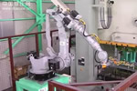安川6轴机器人在冲压线