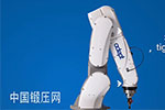 Adept六轴机器人毒蛇应用于装配和材料处理
