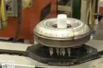 克莱斯勒的前轮和后轮驱动扭矩转换器的生产