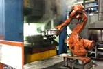 铝轮毂锻造自动化