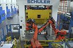 德尔福波兰工厂-柯马机器人连续冲压生产线的自动化