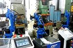 配4台机器人的全自动锻造生产线